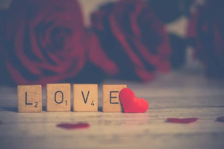AmoLatina's tips for writing a love letter
