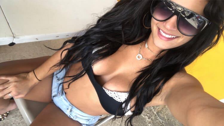 Sexy Puerto Rican Woman