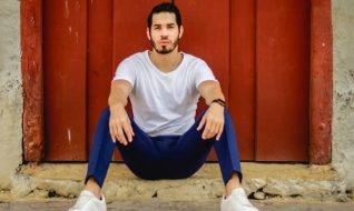 How to Impress a Latino Man – 4 Things Latino Guys Find Attractive